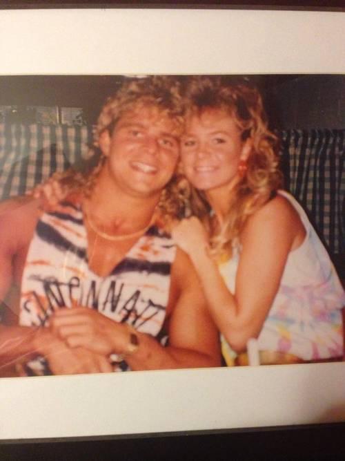Brian Pillman et Rochelle, mère de Britanny, en 1990.