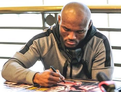 Kamaru Usman reta a Jake Paul a una pelea de boxeo y el youtuber acepta